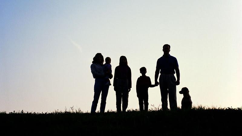 Bạn có nên mua bảo hiểm nhân thọ không & nên mua khi nào?