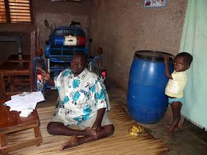 Photo: Nous ne manquerons pas de rendre visite à notre ami Sosthène, handicapé polio, asthmatique et diabétique, poète de surcroît