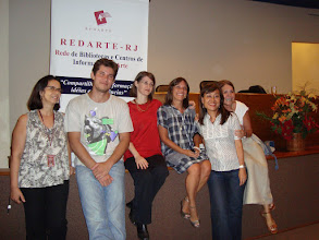 Photo: Despedida. Da esquerda para direita: Eliane Vieira da Silva (MHN), o palestrante Moreno Barros, Isabel Grau (Presidente da REDARTE/RJ), Cláudia Aragon (ESPM), Mary K. Shinkado (Vice-Presidente), Selma Crespo (UNICARIOCA).