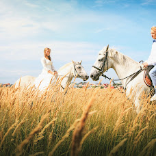 Wedding photographer Anastasiya Lapickaya (anastalia). Photo of 06.10.2017