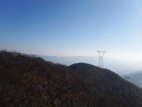 山頂の岩場から展望1
