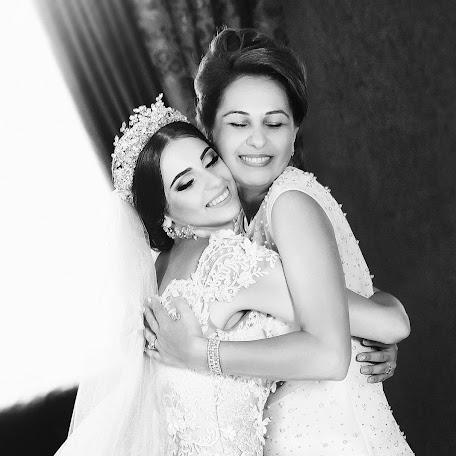 Wedding photographer Denis Vyalov (vyalovdenis). Photo of 10.02.2018