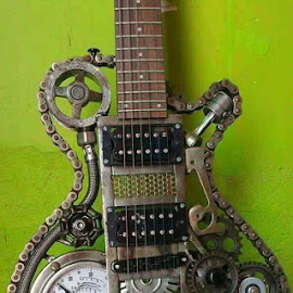by Anita Richley - Artistic Objects Musical Instruments