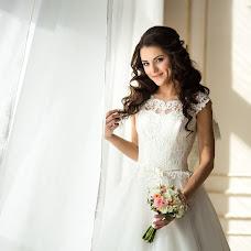 Wedding photographer Anastasiya Kostina (anasteisha). Photo of 04.04.2017