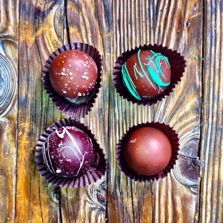 Truffles: hazelnut, mint, cappuccino, milk chocolate. Photo: fo.odtrip.