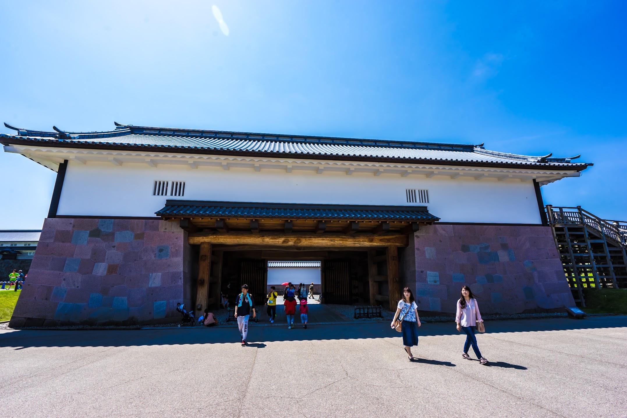 Kanazawa Castle Park Kahoku-mon gate