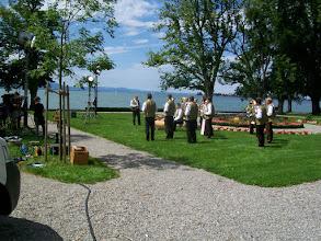 Photo: 9e Dag, vrijdag 24 juli 2009 Obersiggingen - Bludens (Oosterijk) Dag afstand: 125 km, Totaal gereden: 825 km, TV opnemen vann de SWF aan de Bodensee bij Lindau.