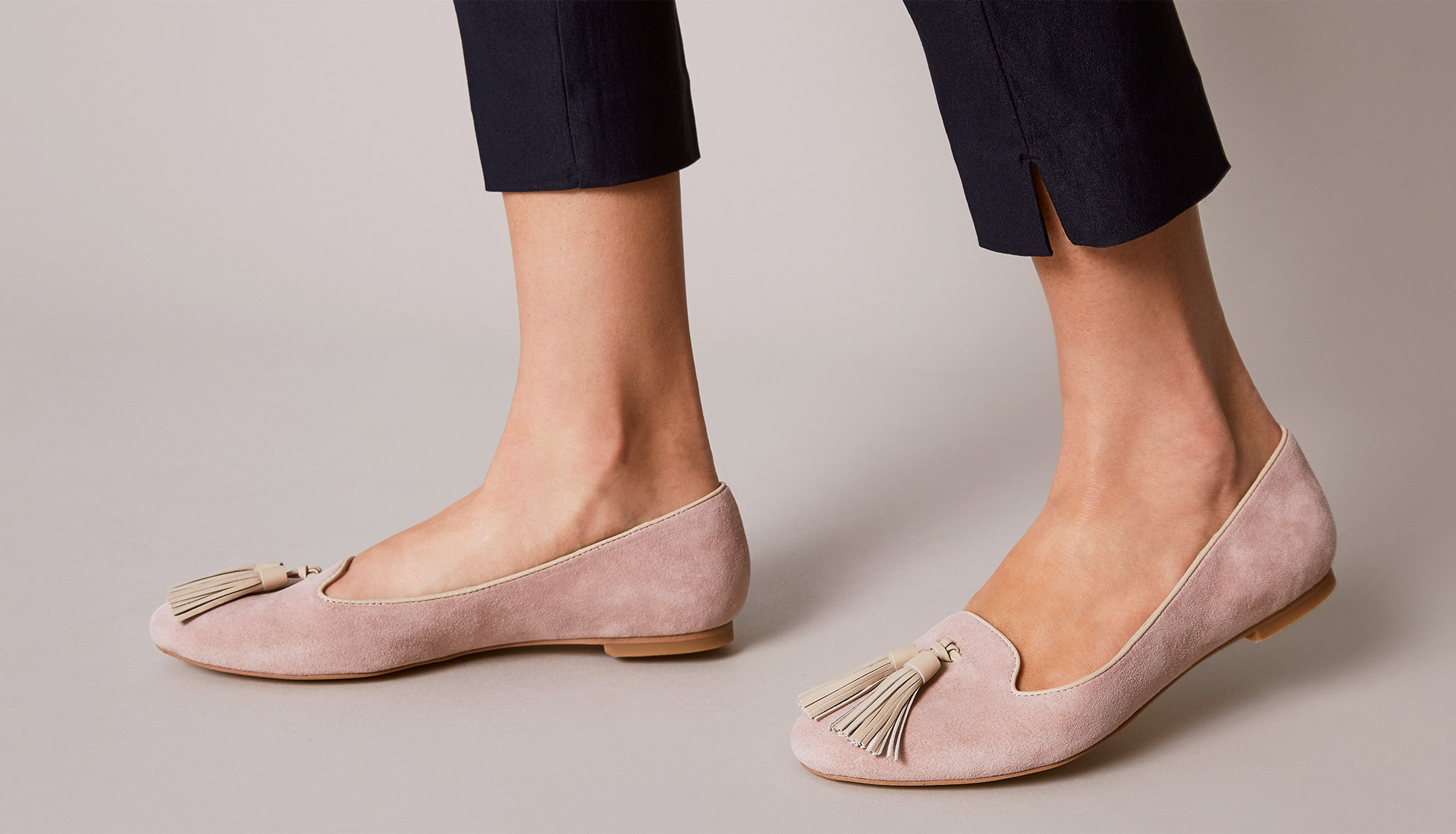 How to stretch pink suede shoes
