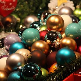 christmas tree balls by Carola Mellentin - Public Holidays Christmas ( christmas, christmas tree balls, public holiday, , Christmas, card, Santa, Santa Claus, holiday, holidays, season, Advent )