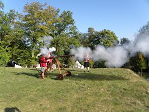 Photo: 1. den - Salvy z pevnosti nás provázely celý pobyt v Lucemburku (Dräi Eechelen - Luxembourg)