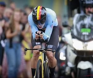 """Wout van Aert geeft publiek en organisatie pluim na zure tweede plek: """"Ben ontgoocheld, weer zilver op kampioenschap"""""""