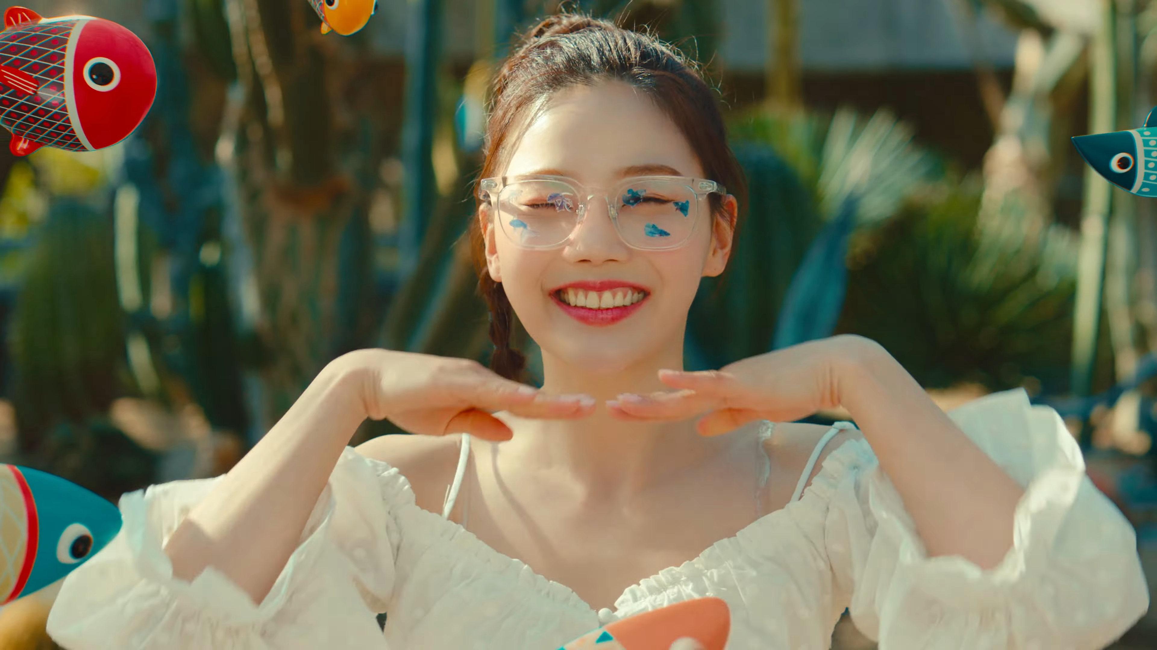 Oh_My_Girl_Dun_Dun_Dance_Hyojung_6