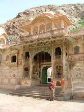 Photo: Galta - świątynia Boga Słońca zwana także małpią Świątynuią [Monkey Temple]