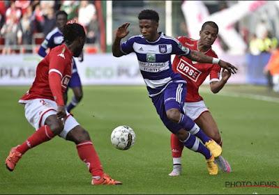 Officiel: Imoh Ezekiel fait son retour en Belgique