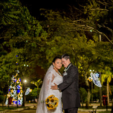 Wedding photographer Ayrton Emerson (AyrtonEmerson). Photo of 15.01.2016