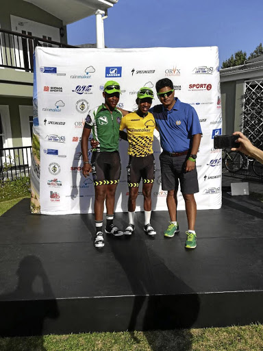 Vuyo Mavuya (centre) is another exceptional elite development cyclist. Picture: SUPPLIED