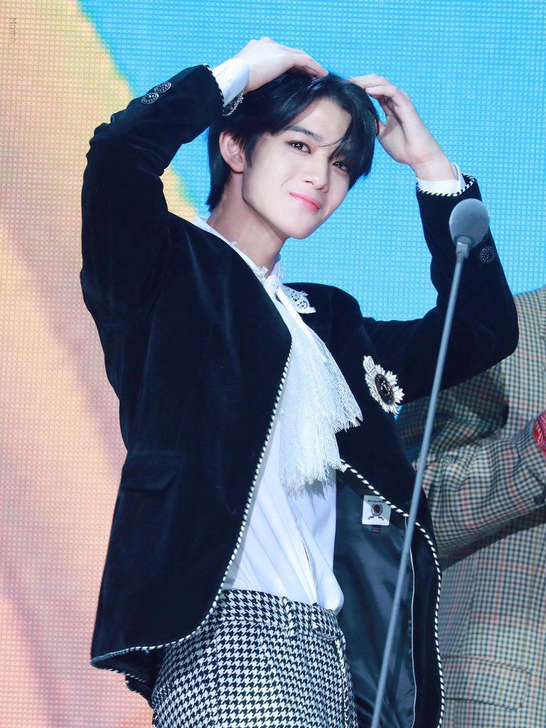 most pop kpop idol 16