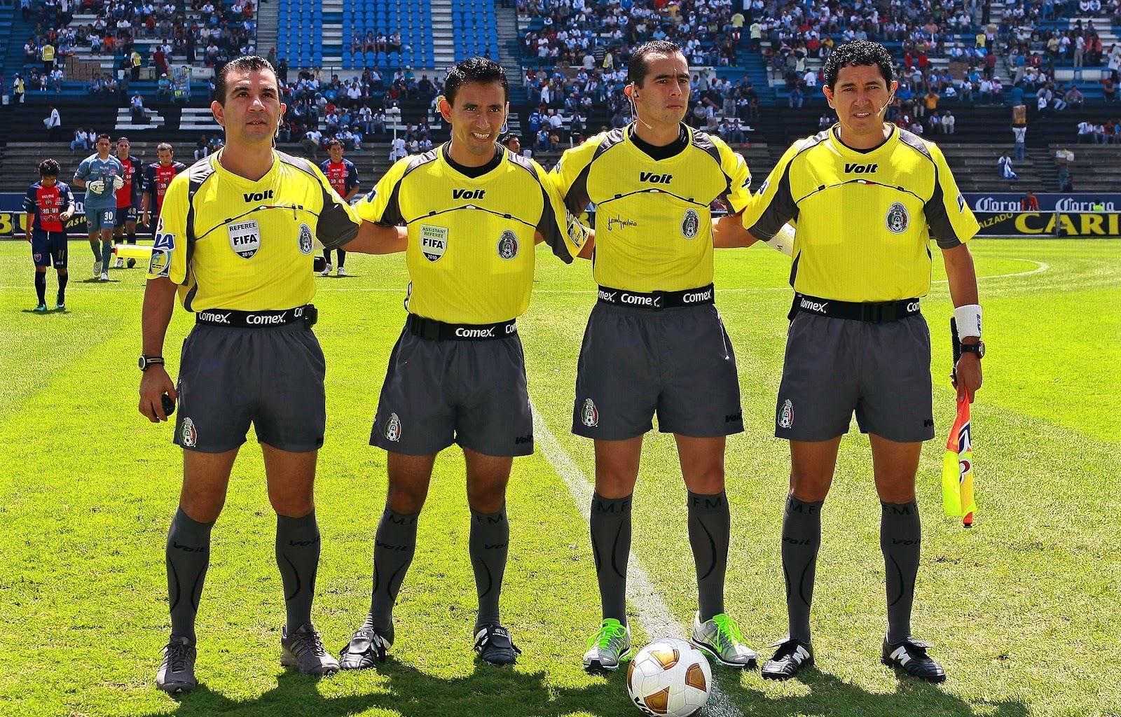 Futbol for Regla de fuera de juego en futbol