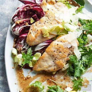 CHICKEN & WINTER GREENS SALAD