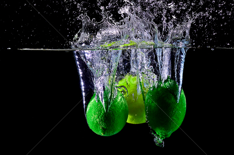 freefall.. by Pete G. Flores - Food & Drink Fruits & Vegetables ( splash green yellow foods shutter speedlight otep, lemon drop )