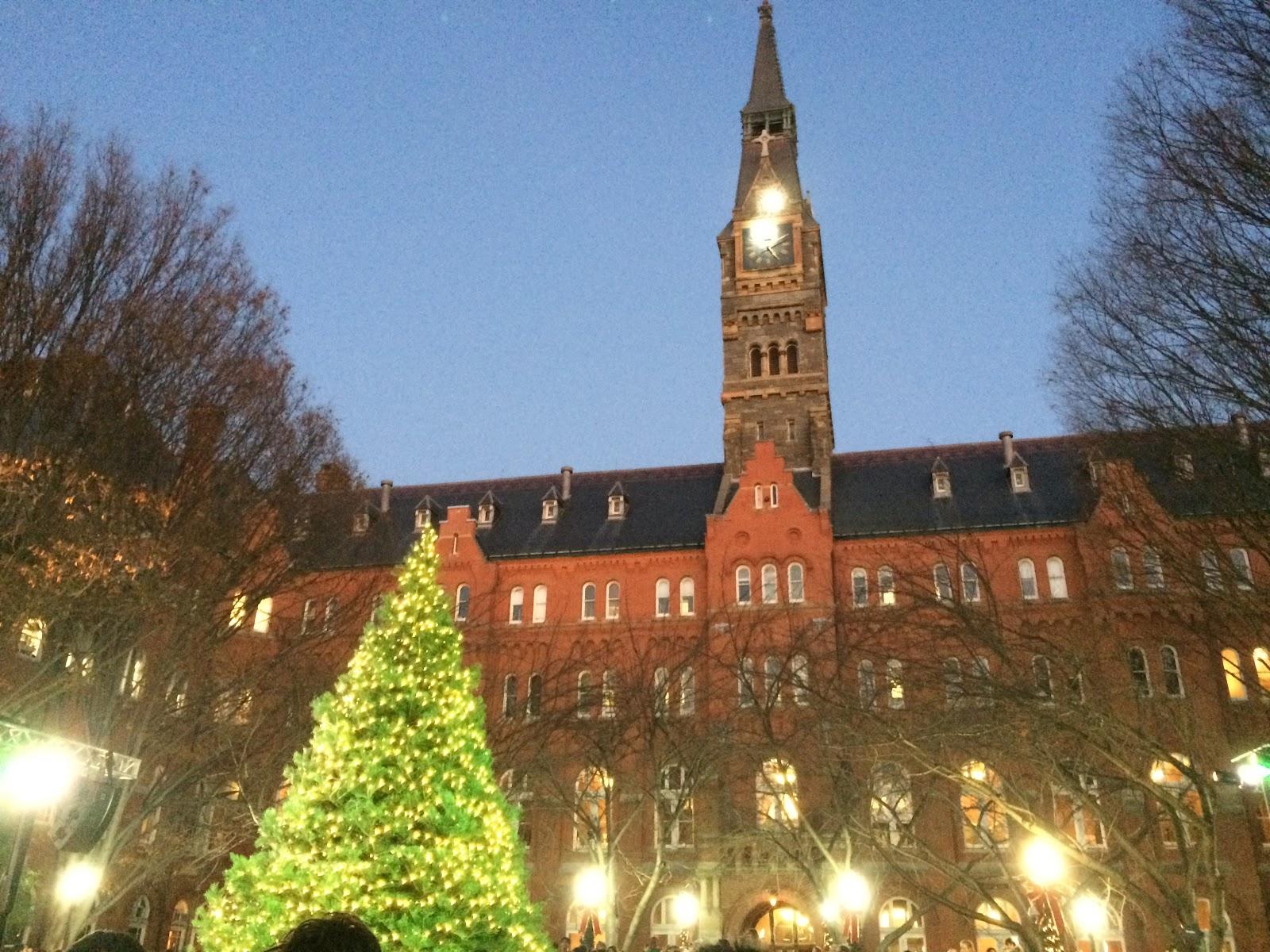 Dahlgren Quad Christmas Tree Lighting Last Friday