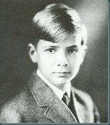 Howard Hughes: Howard Hughes - Childhood years