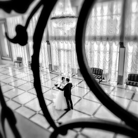 Wedding photographer Andrey Meschanov (fotoman63). Photo of 08.11.2017