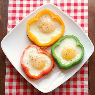 Eggs in Bell Peppers.