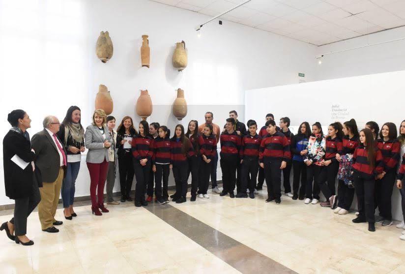 Comienzan las visitas escolares conjuntas al Museo, las murallas y el puerto de la Oferta Educativa Municipal