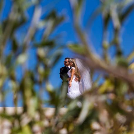 Wedding photographer Rodrigo Parucker (rodrigoparucker). Photo of 13.05.2015
