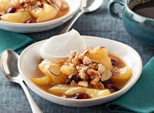 Slow Cooker Pear And Cranberry Crisp