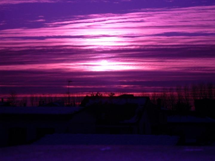 Sky, Snow, Pollution.... di Sasu