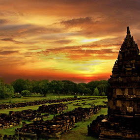 The History of Prambanan Temple by Budhi Rifani - Buildings & Architecture Statues & Monuments