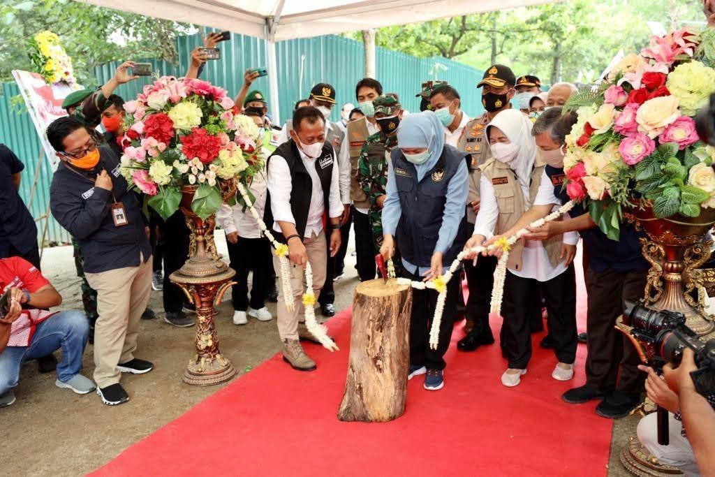 Wakapolda Jatim dan Kasdam V / Brawijaya Dampingi Gubernur Jatim Resmikan RS Lapangan Di Madiun