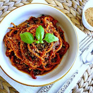 Grain-free slow cooked Spaghetti Bolognase (vegan).