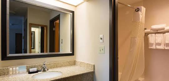 Hampton Inn & Suites Fort Wayne-North