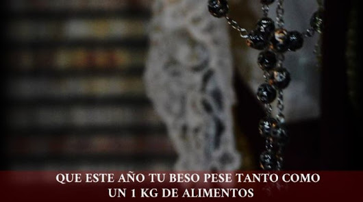 """Un beso que pesa """"un kilo de alimentos"""": solidaridad en Los Molinos"""