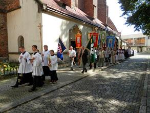 Photo: a liturgický průvod vyrazil