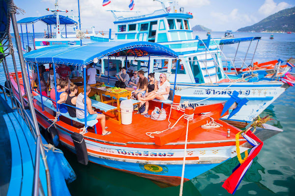 Eat a Thai style lunch while cruising to Koh Tao