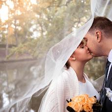 Wedding photographer Darya Serova (bubble). Photo of 24.12.2017