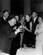 """Photo: A festa de aniversário de Hitchcock no set de """"Ladrão de Casaca"""""""
