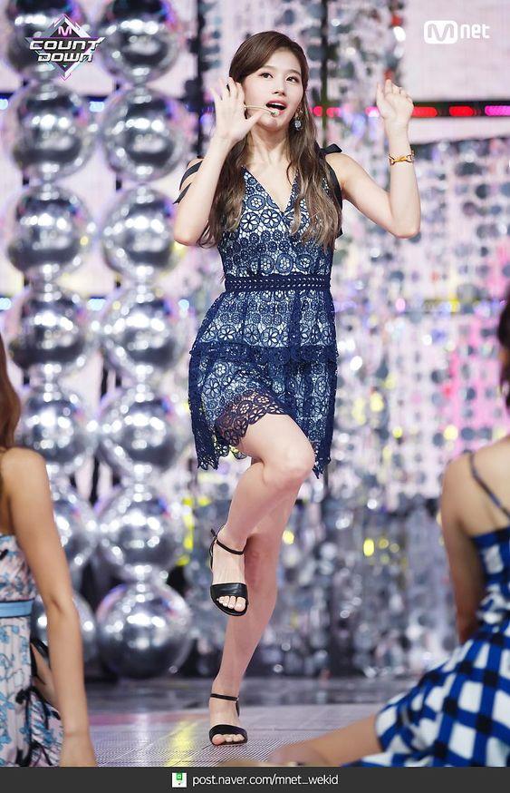 sana dress 17