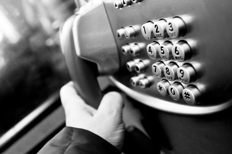 Il telefono...la tua voce. di mariateresatoledo