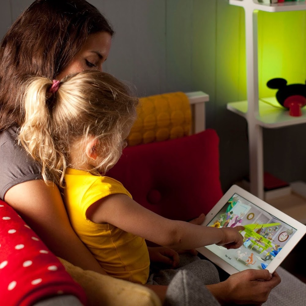 Philips Hue Story Light Mickey Mouse