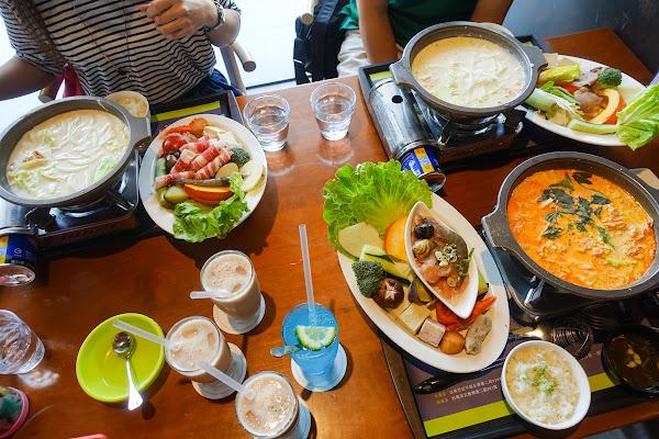 綠色空間 和緯店 親子友善、空間寬敞、適合多人聚餐、火鍋評價高!