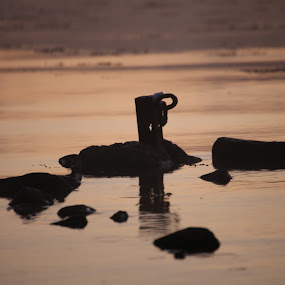 Winter by Sigbjørn Berg - Artistic Objects Other Objects ( ring, mooring ring, old, winter, iron )