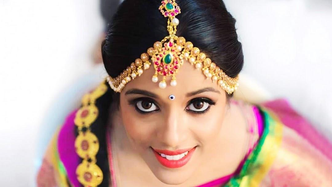 Bridal Makeup Spa Facial Ladies Beauty Parlour Best Make Up Artist Providing Service Like Bridal Makeup Reception Makeup Wedding Makeup Baby Shower Makeup Facial Etc In Chennai