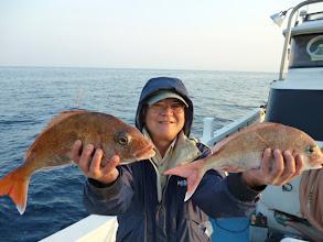 Photo: 幸先いいです!真鯛ダブルキャッチです!