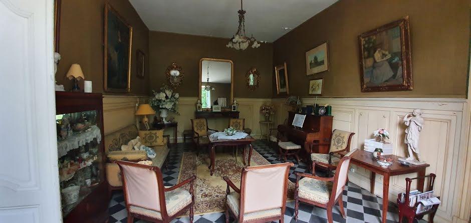Vente propriété  990 m² à Cubzac-les-Ponts (33240), 3 180 000 €