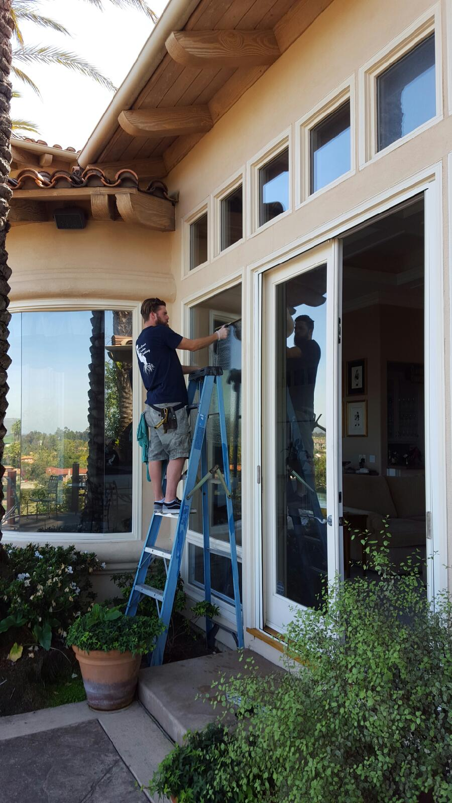 West Coast Window Washing image